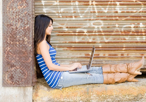 Join Here And Enjoy Online Dating